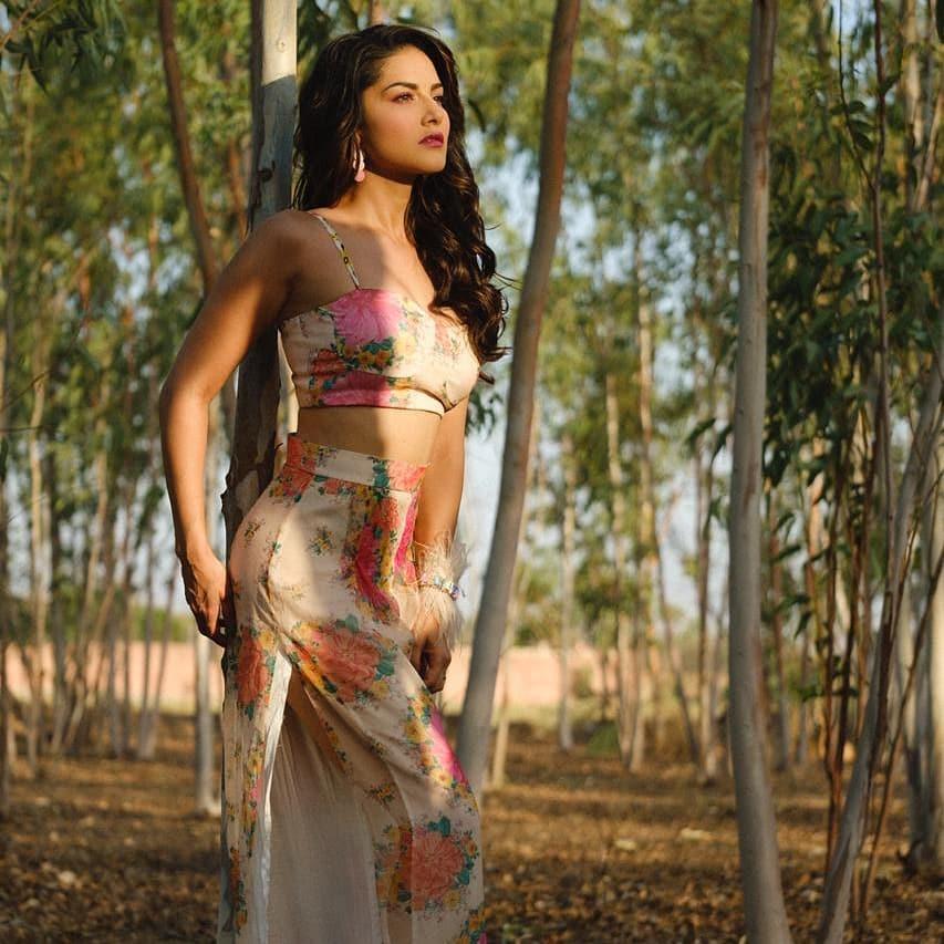 Sunny Leone bollywood actress 39