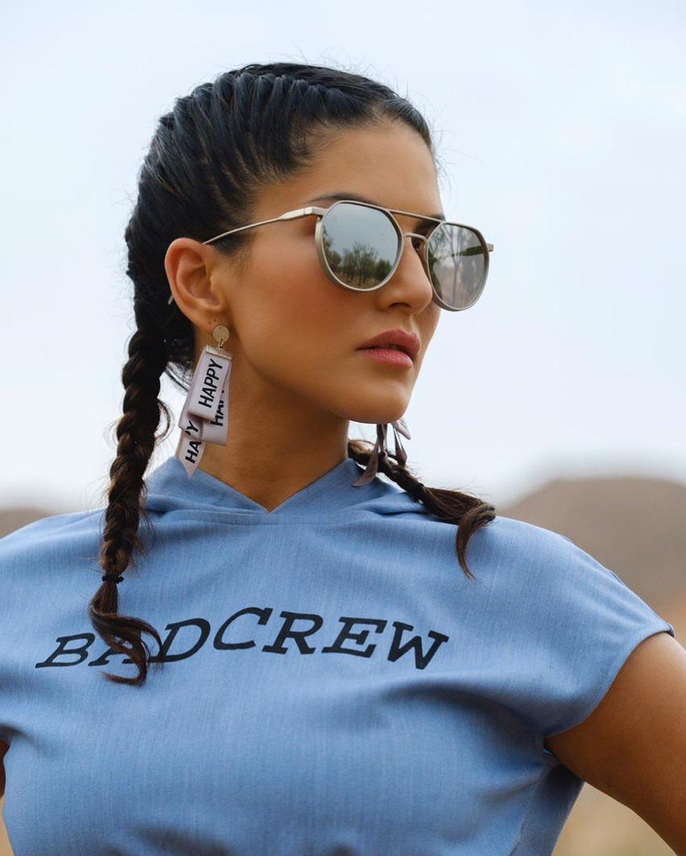 Sunny Leone bollywood actress 42