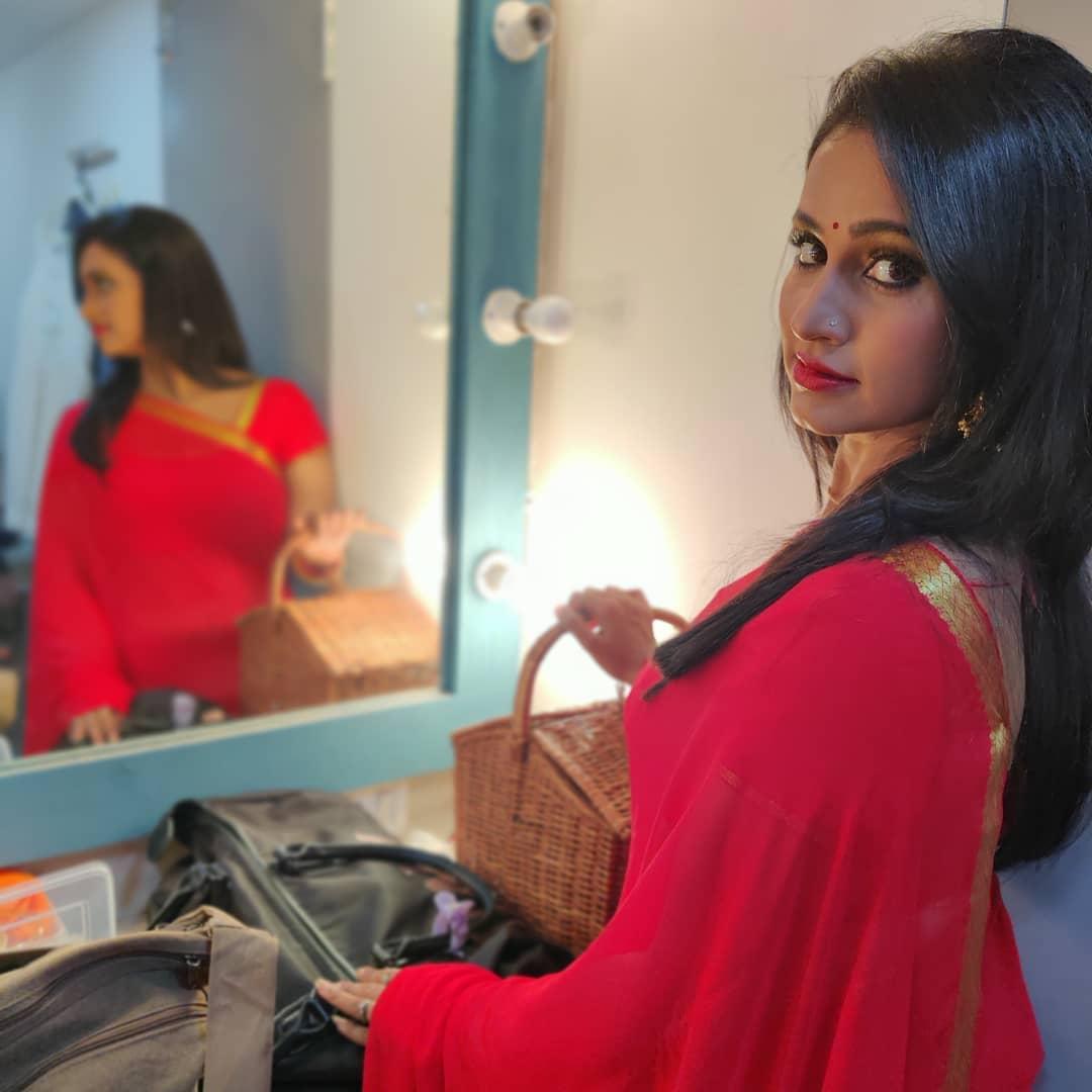Dipti Ketkar Marathi actress 22