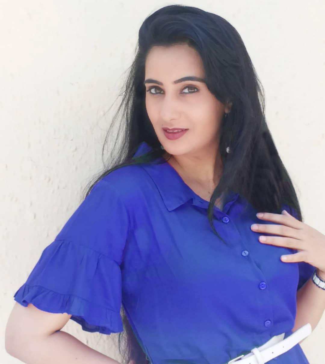 Sai lokur marathi actress 14