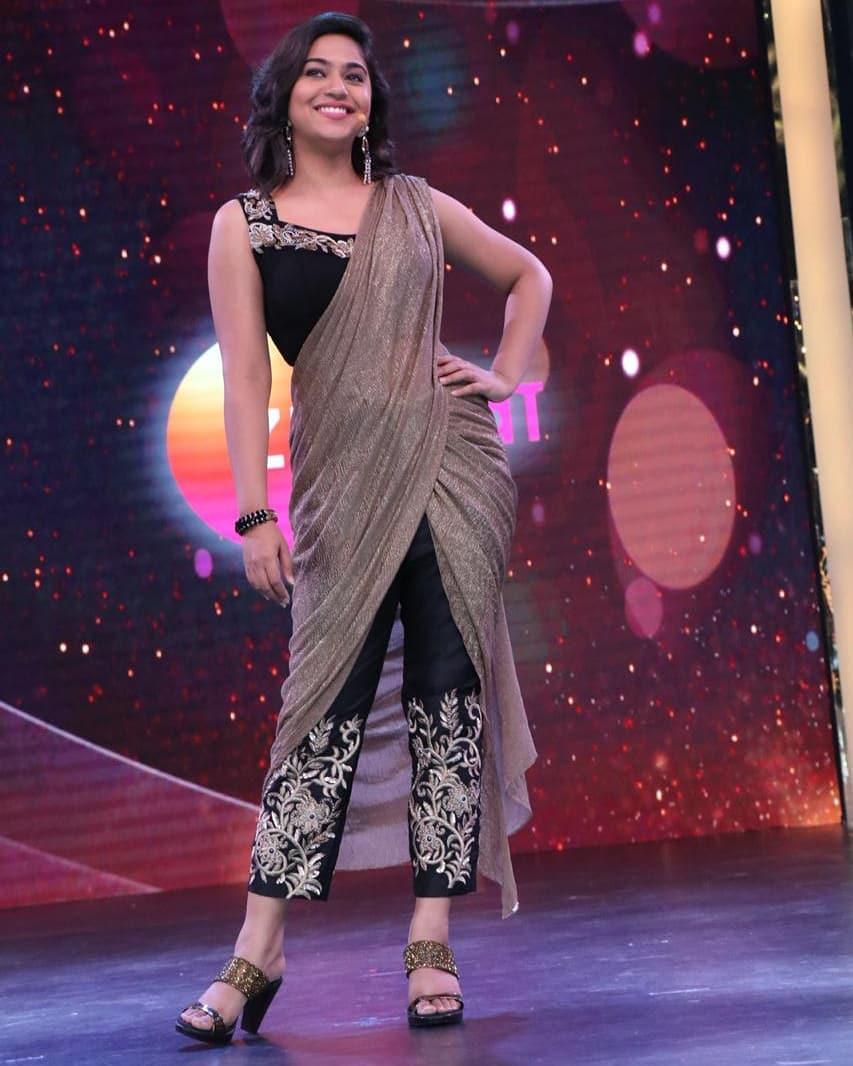 Mrunmayee Deshpande marathi actress 5