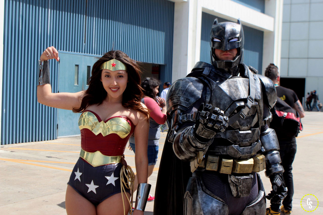 wonder woman and batman cosplay