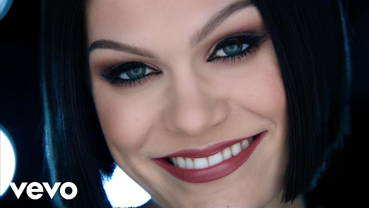Flashlight Lyrics - Jessie J